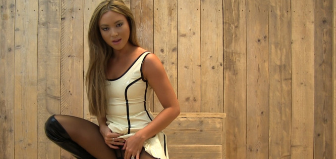 VIDEO: Boots and pantyhose JOI