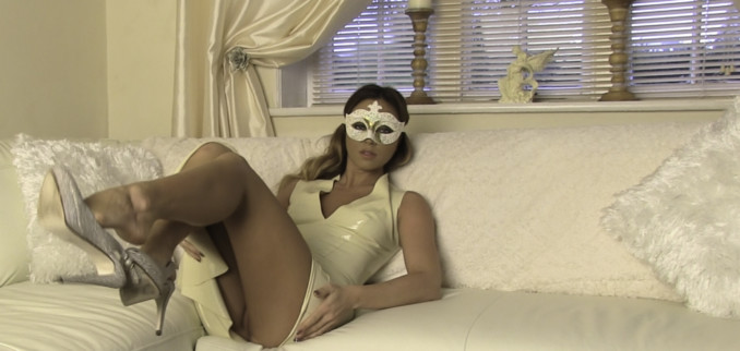 VIDEO: Cream Latex Dress and Mask!