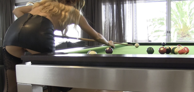 VIDEO: Just shooting some pool