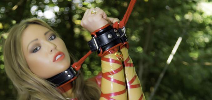 Red & Transparent Latex Outdoors & Bondage!!!