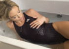 VIDEO: Swimsuit bathing